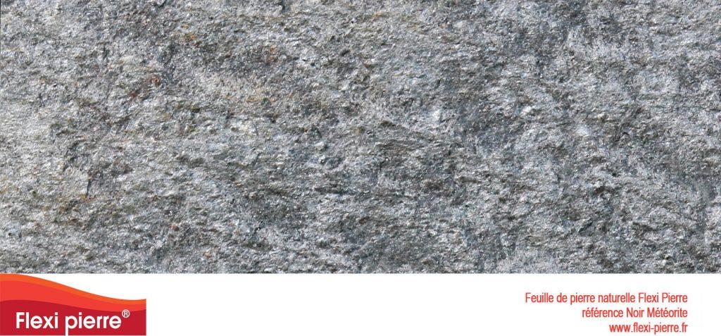 Feuilles de pierre naturelle: Noir Météorite, mouchetée de gris, très solide, utilisée aussi bien en intérieur qu'en extérieur...