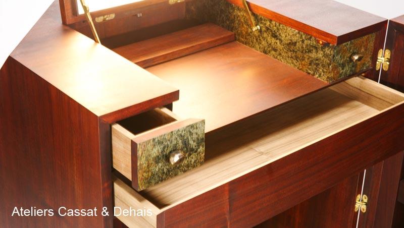 Secrétaire bois et feuille de pierre avec les ateliers Cassat & Dehais