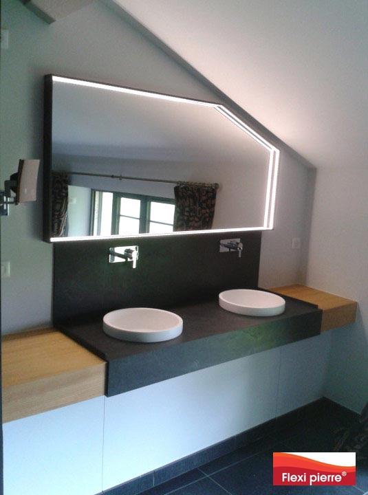Magnifique plan de salle de bains utilisant des feuilles de pierre ardoise Flexi-Pierre
