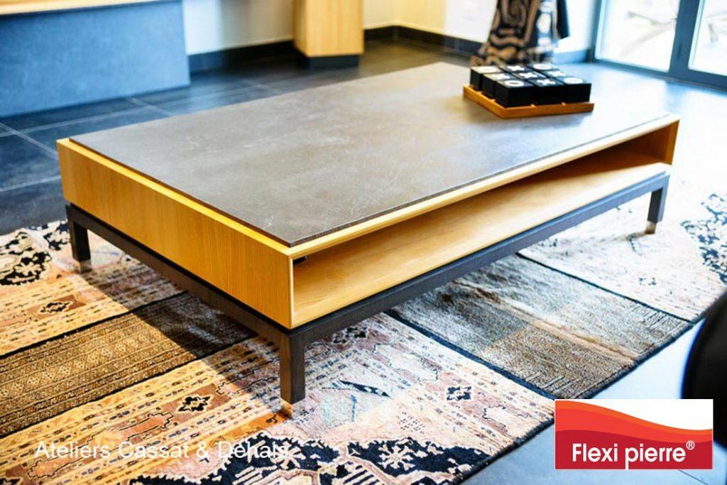 Table de salon, alliance acier, bois et pierre naturelle.